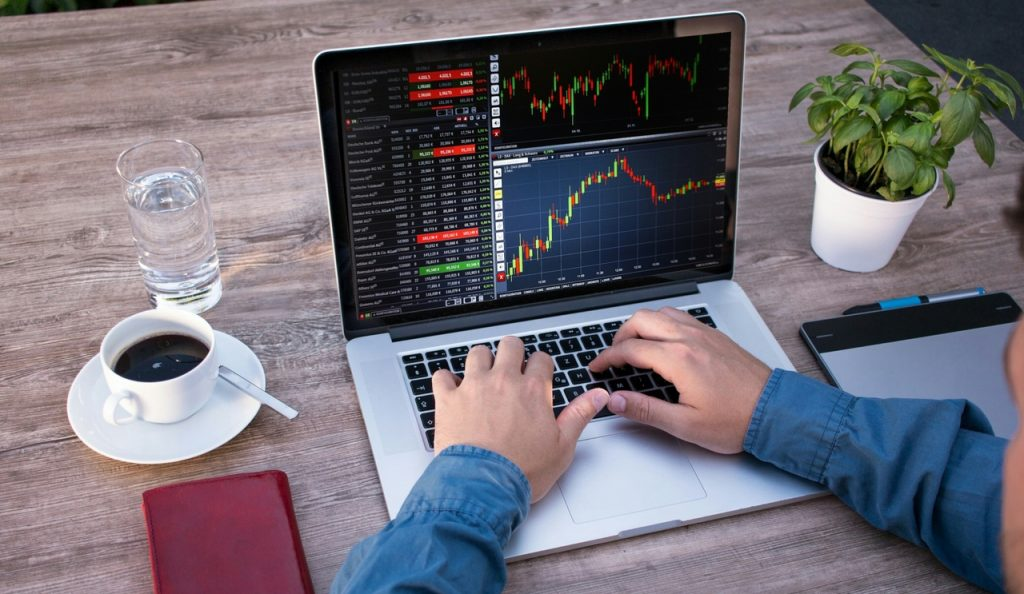 Top four common mistakes in commodity trading business